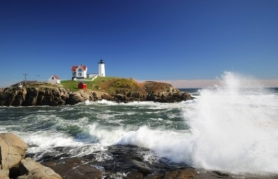 lighthouse-york-beach-maine-a